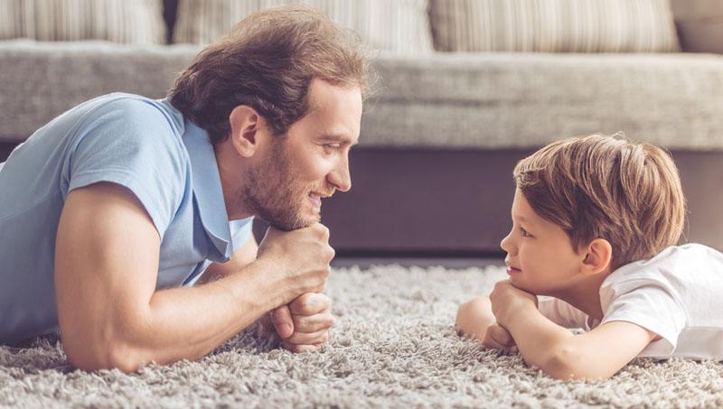 kind en vader praten