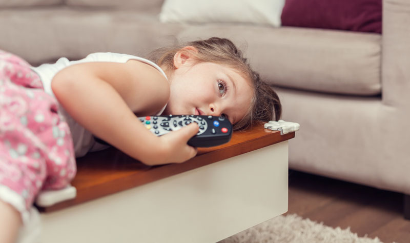 verveeld tv kijken