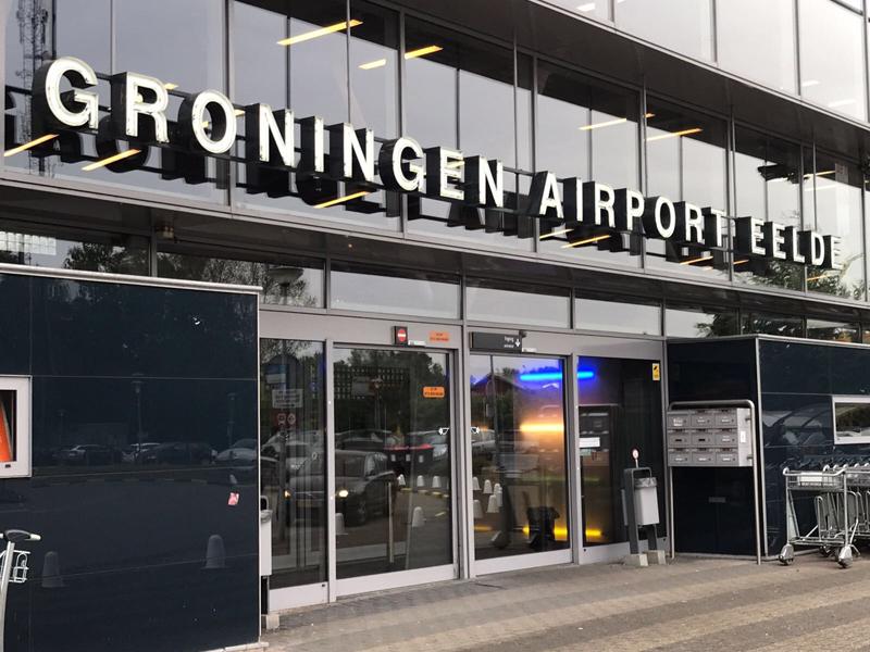 Groningen Airport Eelde ingang