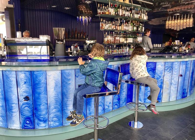 glas bar zweden