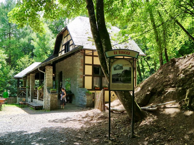 lunchplek wildpark grotten van han