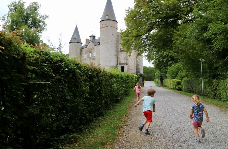 veves kasteel wallonie