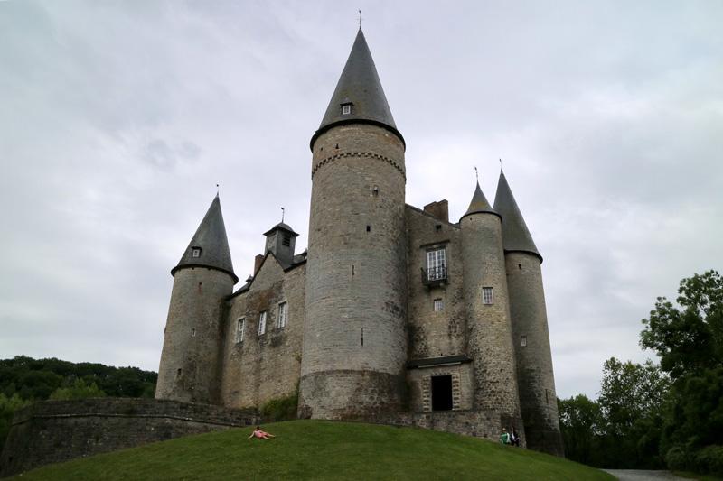 wallonie doornroosje kasteel