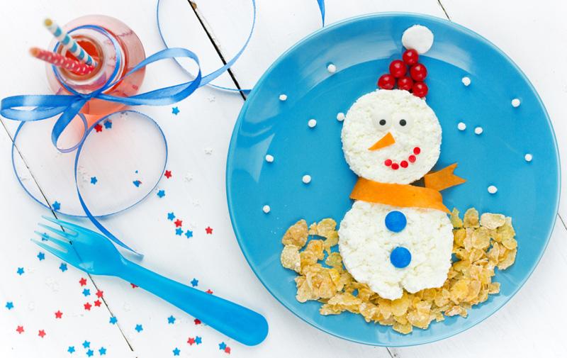 kerstontbijt rijstewafel sneeuwpop