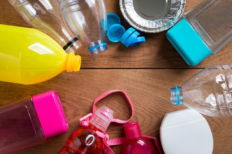 Bekend De leukste ideeën om te knutselen met lege flessen &EC32