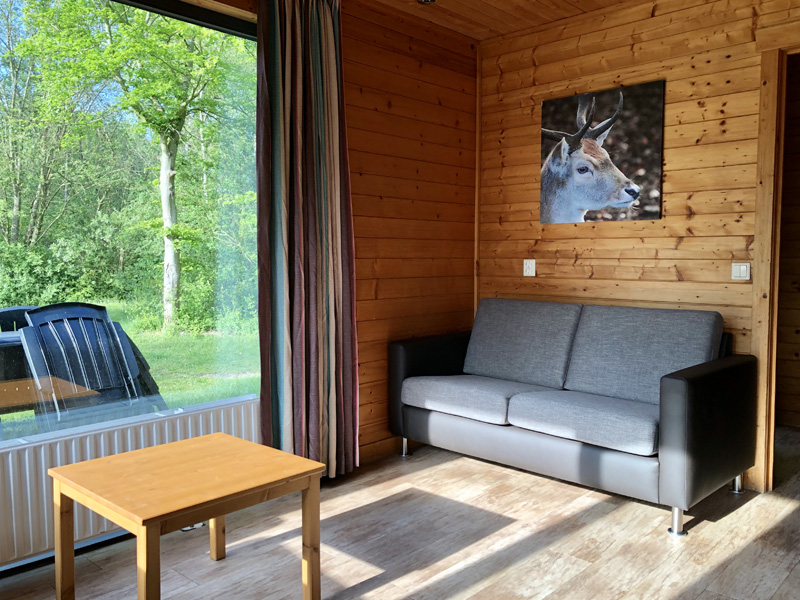 woonkamer bungalow dierenbos