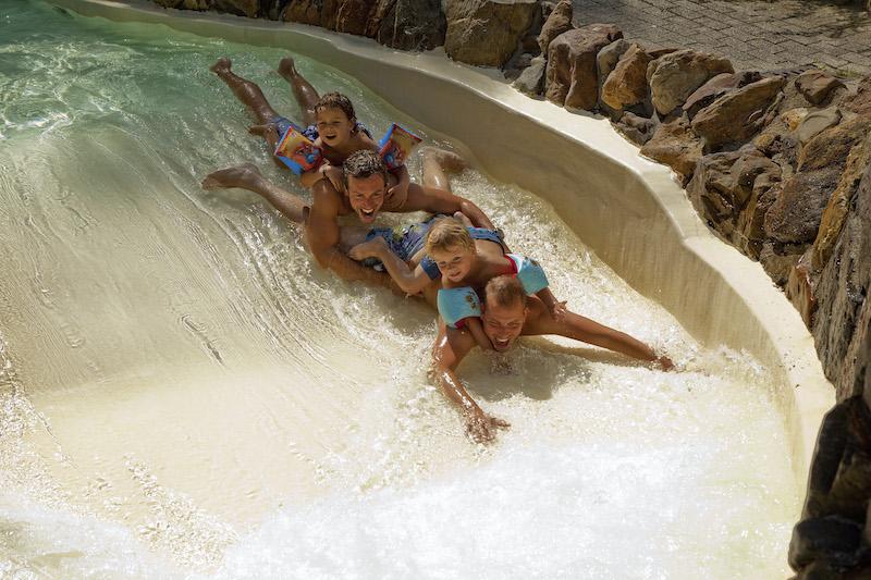 vakantiepark mooi zwembad