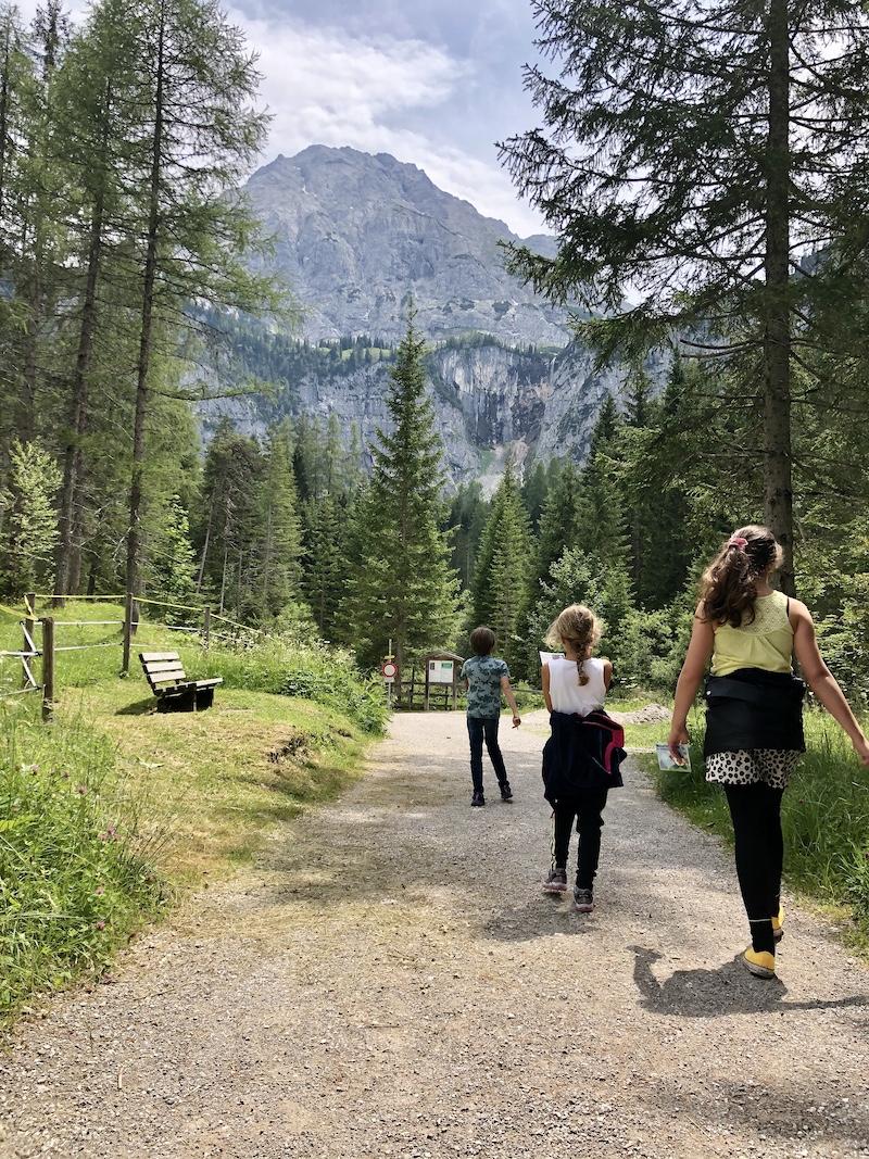 wandelen oostenrijk Ehrwald Wassererlebnisweg zugspitze