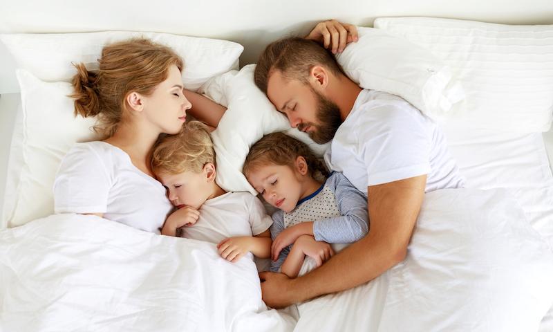 samen slapen gezin