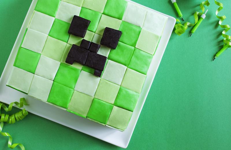 zelf maken minecraft taart