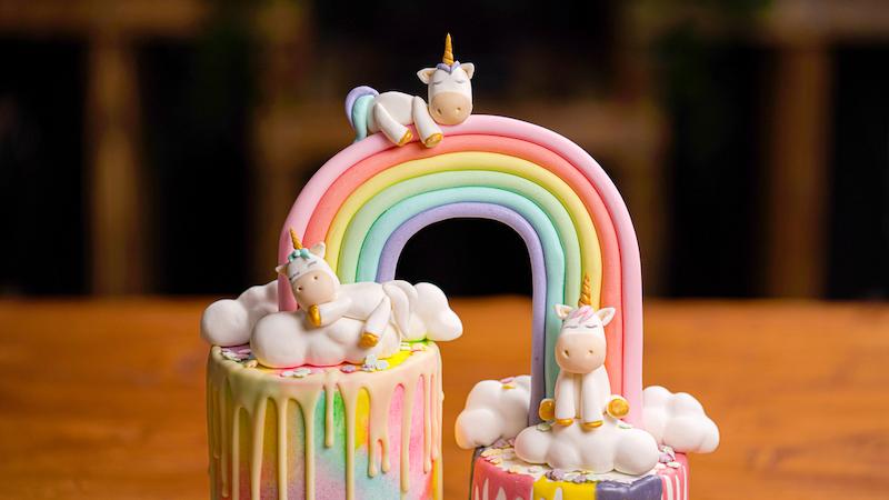 unicorn regenboog taart